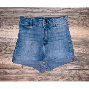 H&M | divided high waisted jean shorts size 6